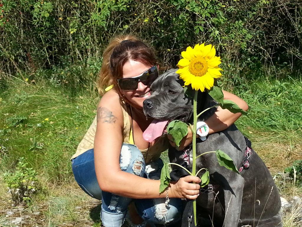 Foto: Hundebesitzerin M. Surace mit ihrer heißgeliebten Alicia.